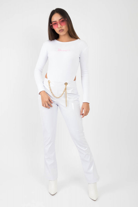 WHITE VINYL FLARE PANTS WITH GOLD CHAIN
